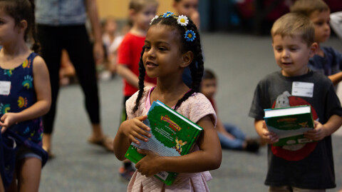 250 Bibles Donated to Kids Ministry
